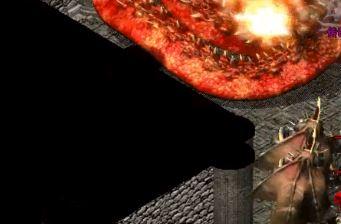 新开热血传奇sf玩家处理降魔洞窟装备的不同